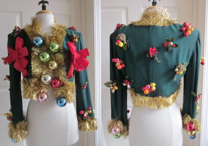 48-moschino-christmas-jacket